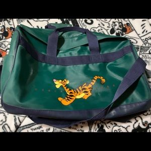 TIGGER DUFFEL BAG